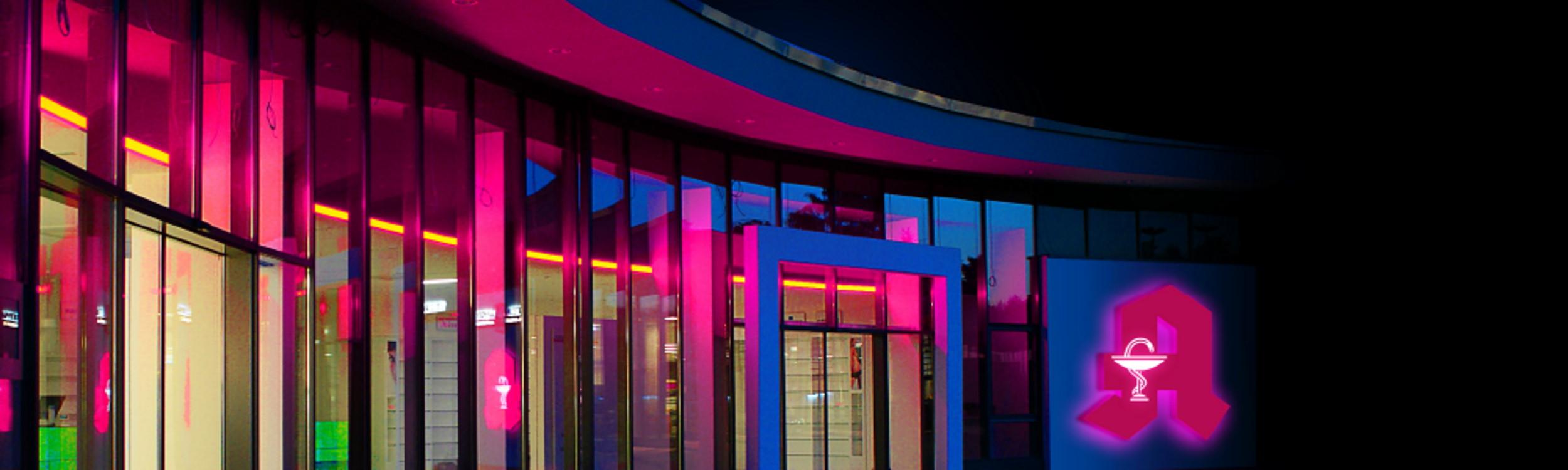 neon-nagel_inhalts-slider_Leuchtreklame